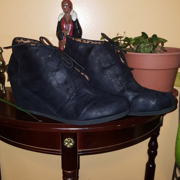 Size 14 Wide Womens Ankle Tie Up Boots